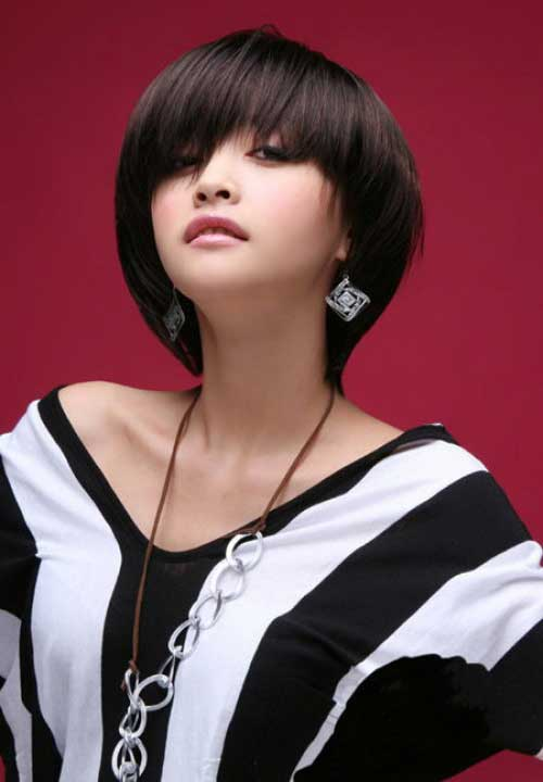 Short Straight Haircuts-16