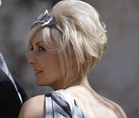 Short Wedding hair style for Women