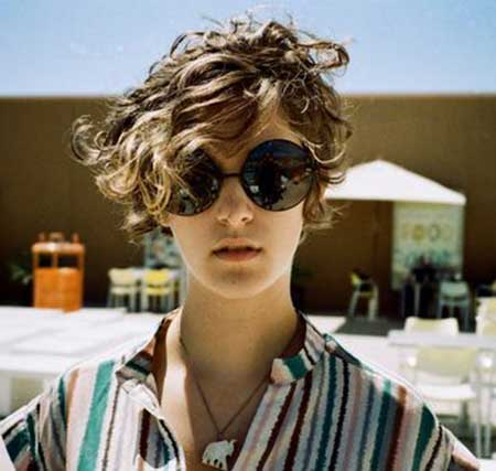 Short Curly Women S Hairstyles