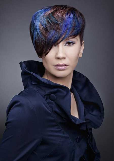 Stylish Pixie Hairstyle with Hues of Blue