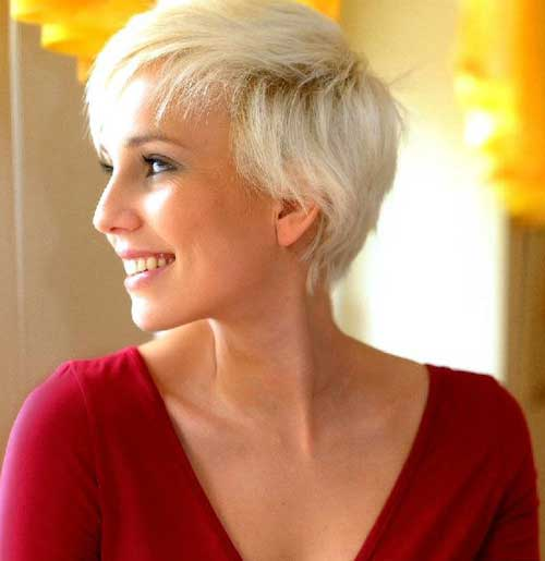 Top 20 Short Blonde Haircuts-12