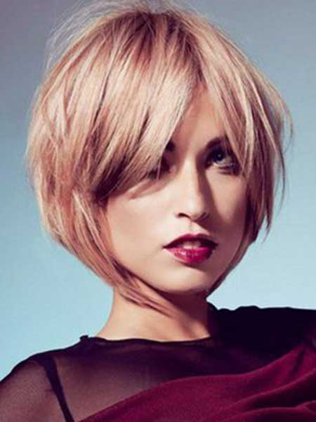 Very Charming Blonde Bob Cut