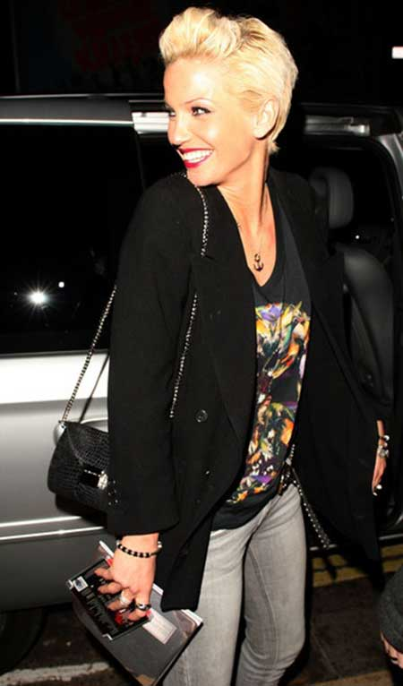 Very Charming and Sassy Hairstyle of Sarah Harding