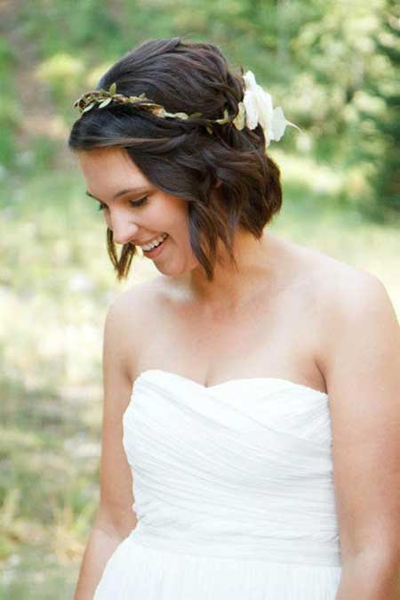Wedding Hairstyle for Girls