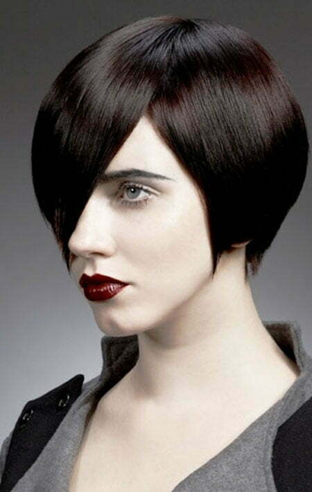20-short-straight-hairstyles-2