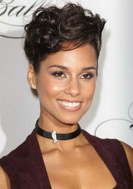 Alicia-Keys-Short-Curly