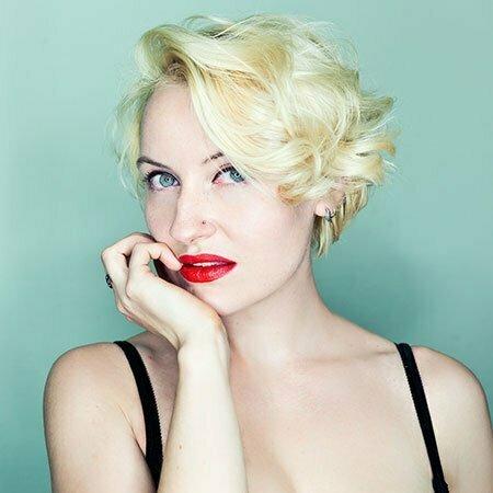 Sexy Blonde Curls