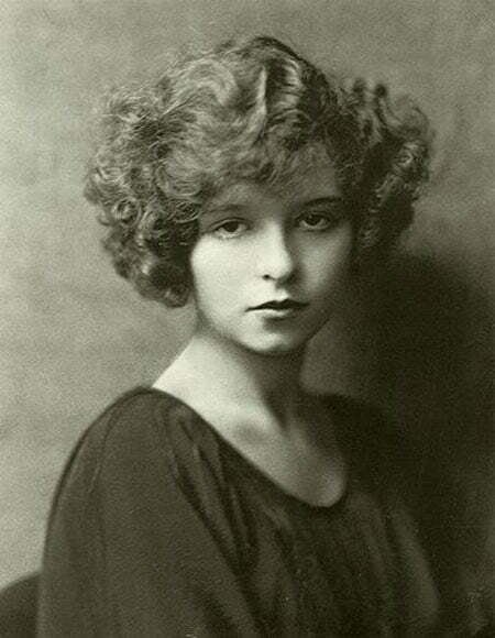 a short biography of clara bow Clara bow net worth is $9 million clara bow biography clara gordon bow (/ bo / july 29, 1905 - september 27, 1965) was an american actress who rose to stardom in silent film during the 1920s.