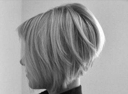 Short Blonde Bobs Hairstyles