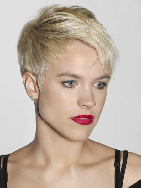 Short Platinum Blonde Haircuts