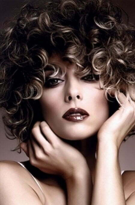 curly hair highlights