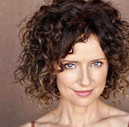 Short Curly Hairstyles_15