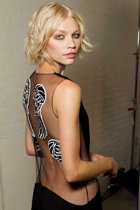 Latest Short Blonde Hairstyles_15