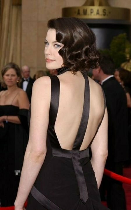 20 Best Short Curly Haircuts_11