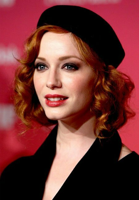 20 Best Short Curly Haircuts_9