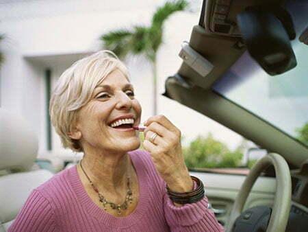 Short Haircut Styles for Older Women