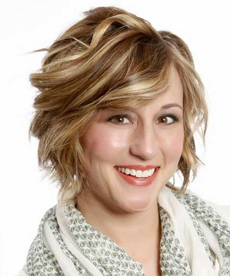 20 Best Short Wavy Hairstyles_2