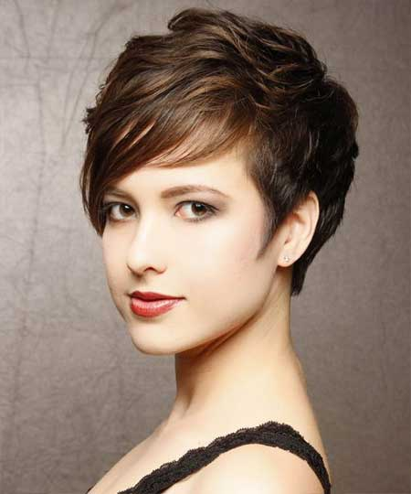 20 Best Short Wavy Hairstyles_3