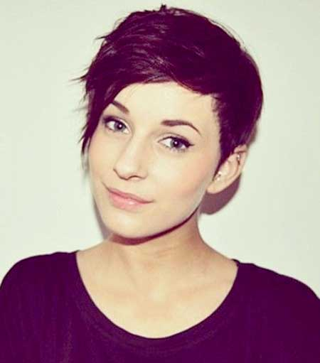 Short and Cute Spiky Pixie Hairstyle for Girls