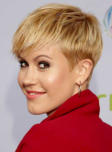 Short Layered Bob Pixie Hairdo for Girls