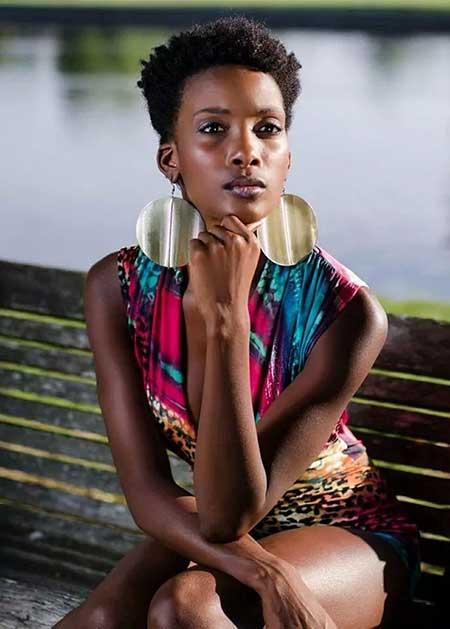 20 Nice Short Haircuts for Black Women_9