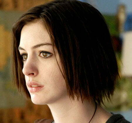 20 Popular Short Straight Hairstyles_1