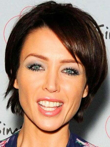 20 Popular Short Straight Hairstyles_5