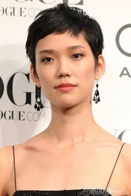 20 Pretty Short Asian Hairstyles_15