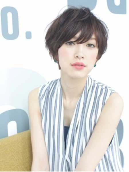 20 Pretty Short Asian Hairstyles 3