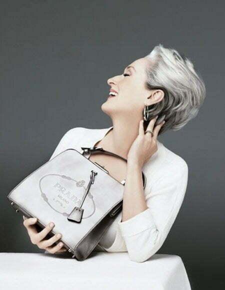 20 Short Hairstyles for Older Women_12