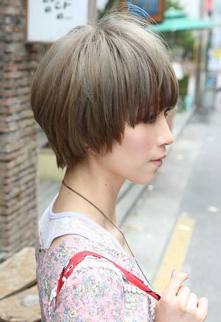 20 Short Hairstyles for Straight Hair_1