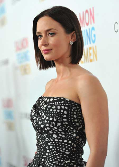 20 Short Hairstyles for Straight Hair_12