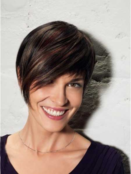 20 Short Hairstyles for Straight Hair_4