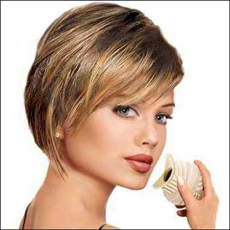 20 Short Hairstyles for Straight Hair_6