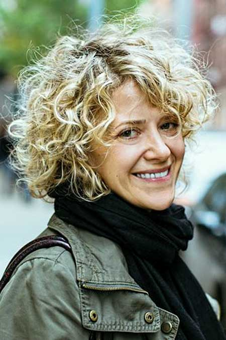 25 Short Curly Hairstyles 2014_3