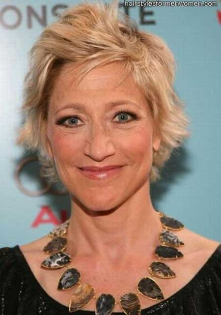 25 Short Hairstyles for Older Women_1