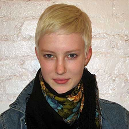 25 Short Pixie Cuts for Women_16