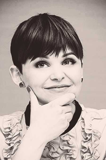 25 Short Pixie Cuts for Women_19