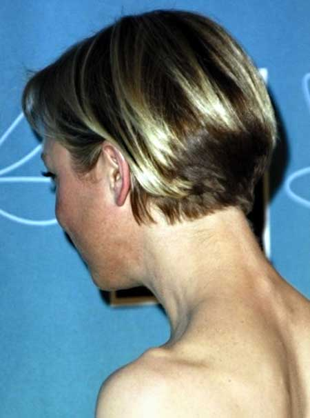 25 Short Straight Hairstyles_20