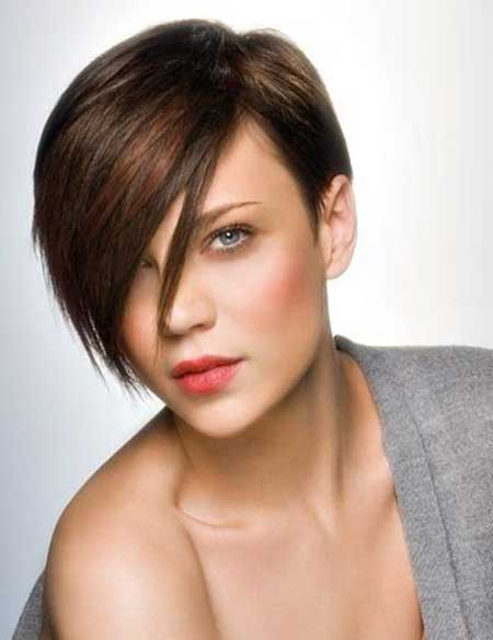 25-Short-Straight-Hairstyles_6