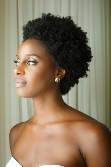25 Super Short Haircuts for Black Women_8