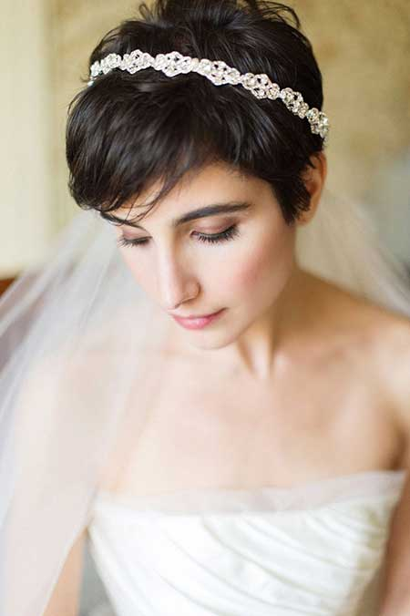 25 Wedding Hairstyles for Short Hair_15