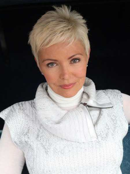 30 Short Pixie Cuts for Women_21