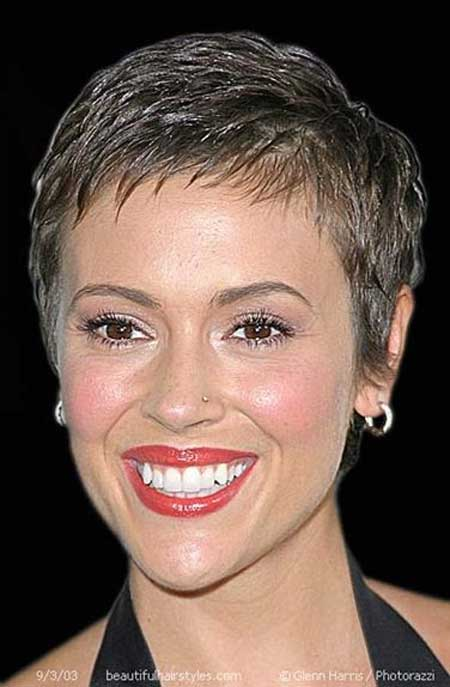 30 Short Pixie Hairstyles_24