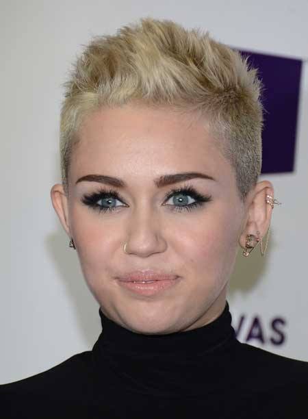 Miley Cyrus Pixie Cut Hair Color Ideas And Styles For 2018