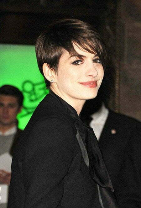 Anne Hathaway Pixie Hairstyle