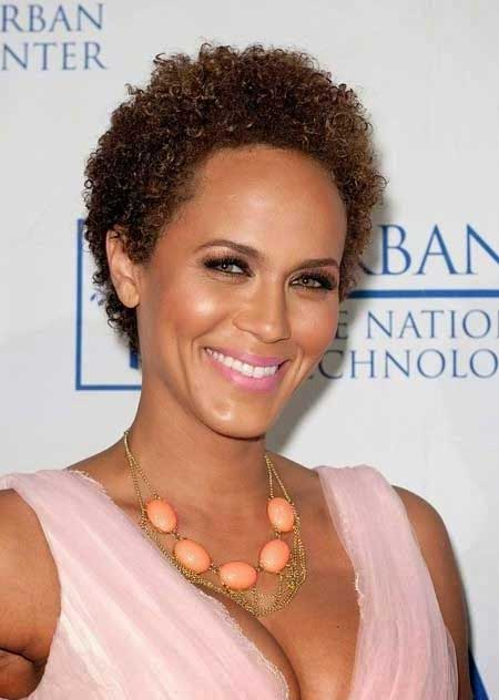Best Short Haircuts for Black Women_11