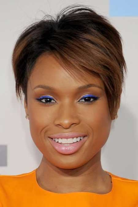Best Short Haircuts for Black Women_12