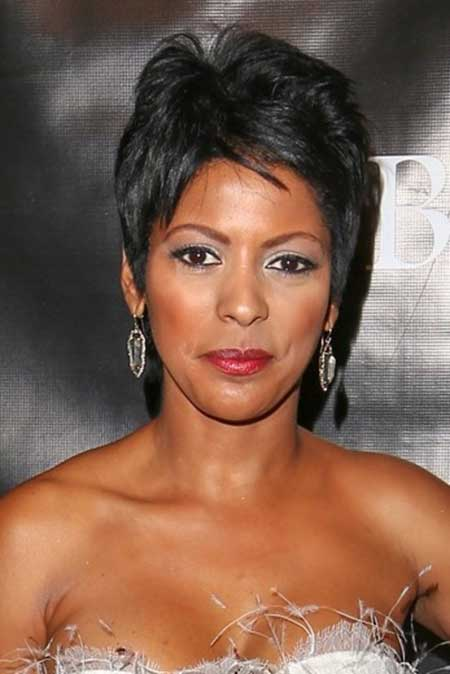 Best Short Haircuts for Black Women_15