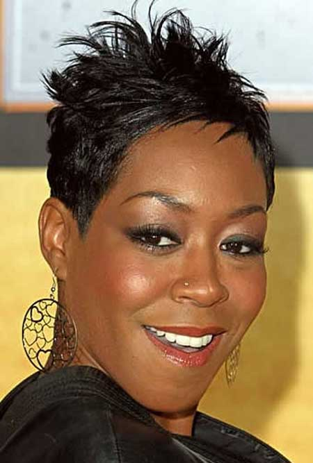 Best Short Haircuts for Black Women_21